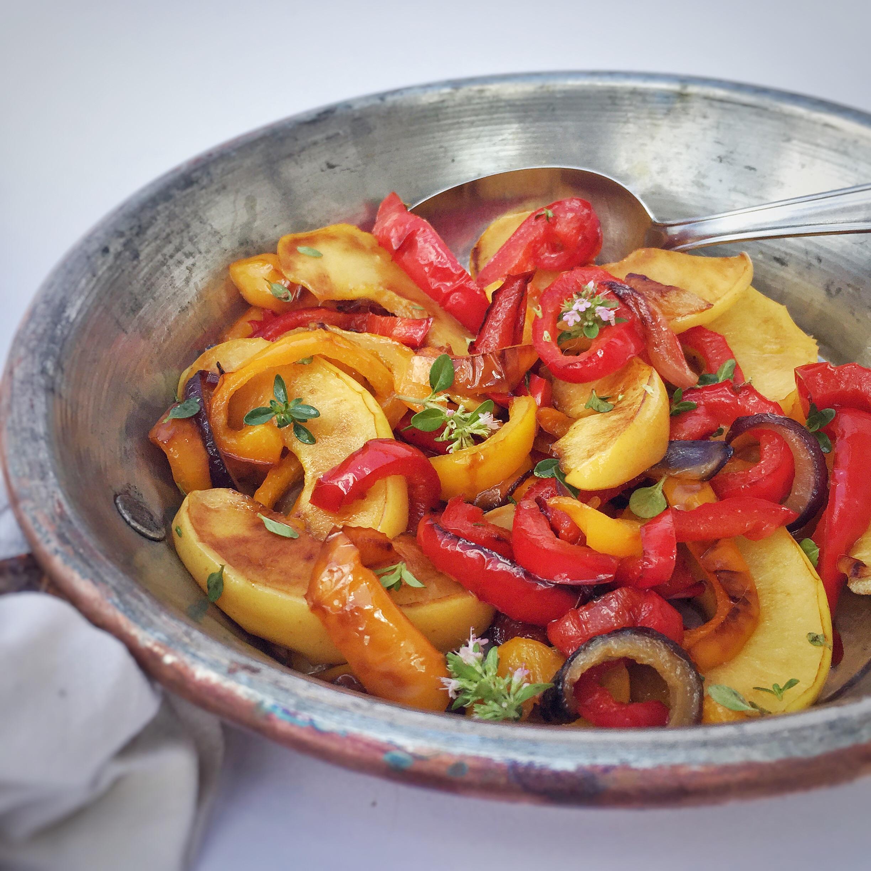 Peperoni e mele in padella