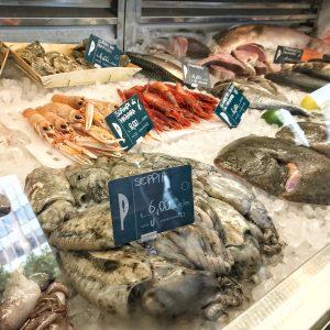 "Pescheria con cottura arriva Milano ""in Fish We Trust"""