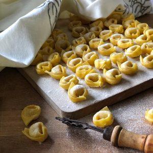 Tortellini in brodo tradizionali