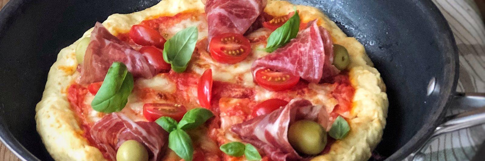 Pizza veloce cotta in padella con Coppa dì Parma