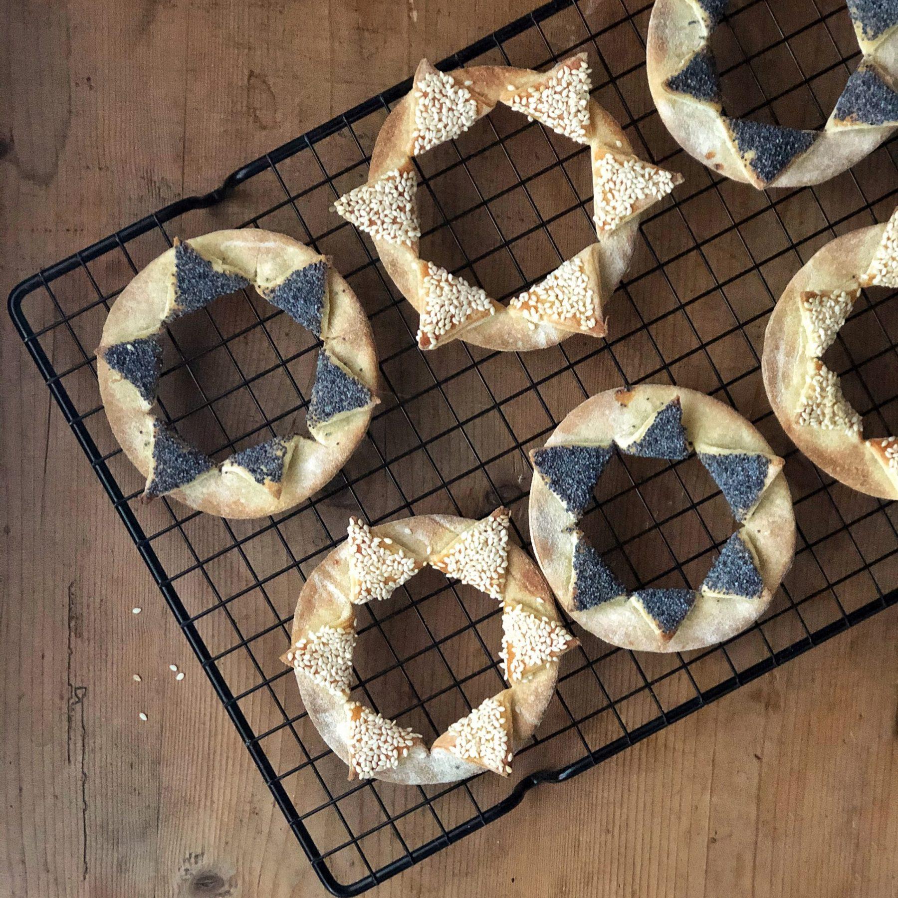 Crackers ai semi con esuberi di pasta madre