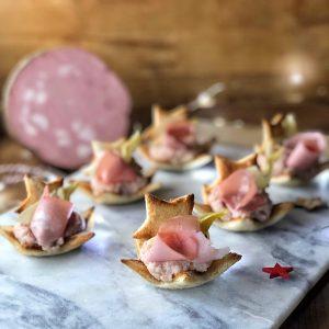 Tartine per aperitivo con Mortadella Bologna IGP