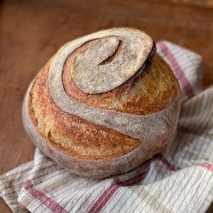 Pane fatto in casa con farina di Tipo 1 semi integrale