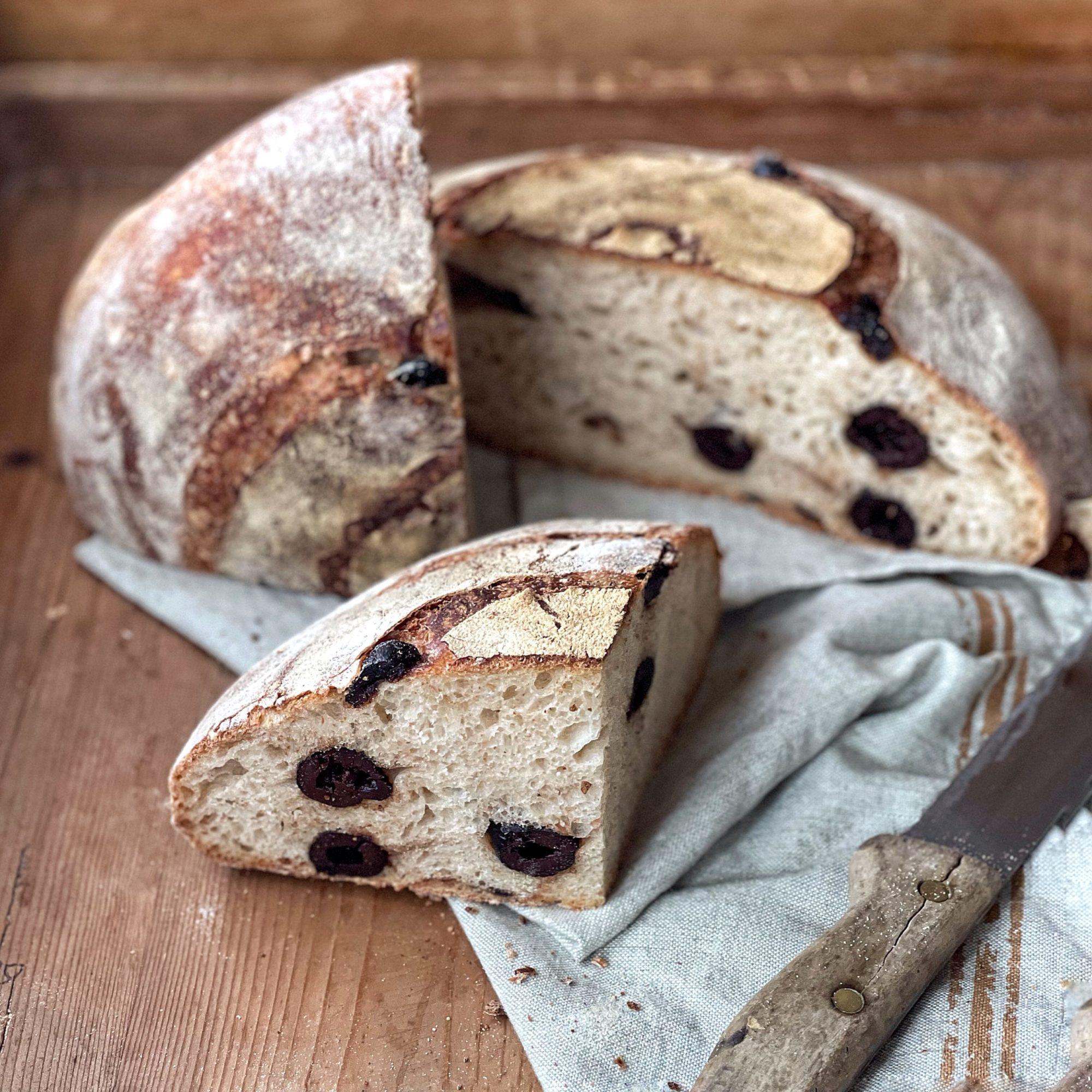Il pane alle olive fatto in casa